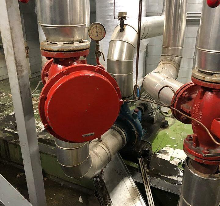 Sustitución de bombas en sala de calderas